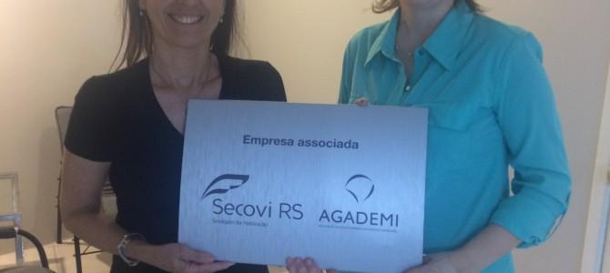 Associado do SECOVI/RS